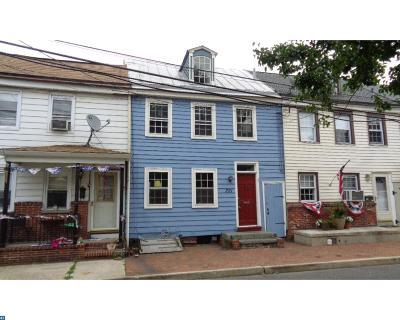 Burlington Condo/Townhouse ACTIVE: 221 Saint Mary Street