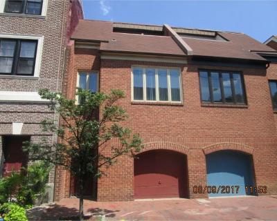 Philadelphia Condo/Townhouse ACTIVE: 823 Lombard Street