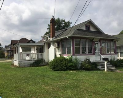 Gloucester City Single Family Home ACTIVE: 324 Highland Boulevard