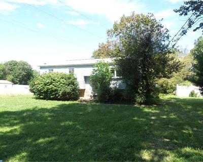 Monroe Twp Single Family Home ACTIVE: 517 Roun Avenue