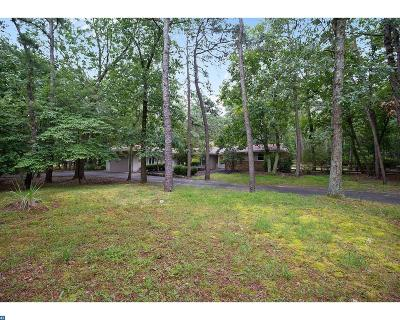 Medford Single Family Home ACTIVE: 8 Sawmill Road