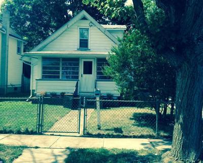 Woodbury Single Family Home ACTIVE: 17 Bellevue Avenue