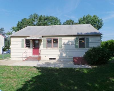 Mount Holly Single Family Home ACTIVE: 522 Homestead Avenue