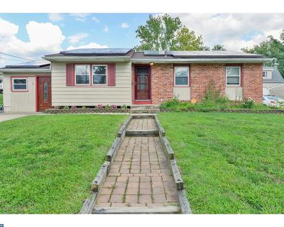 Turnersville Single Family Home ACTIVE: 32 Sherwood Drive