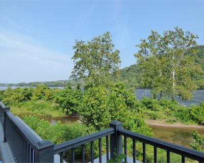 PA-Bucks County Condo/Townhouse ACTIVE: 501 Waterview Place