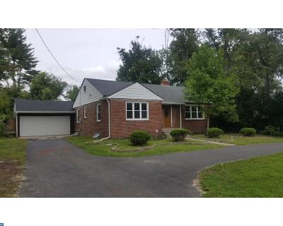Lindenwold Single Family Home ACTIVE: 1906 Laurel Road