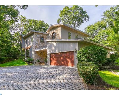 Single Family Home ACTIVE: 7 Lakeside Avenue
