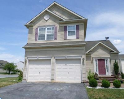 Smyrna Single Family Home ACTIVE: 5 Wheeler Circle