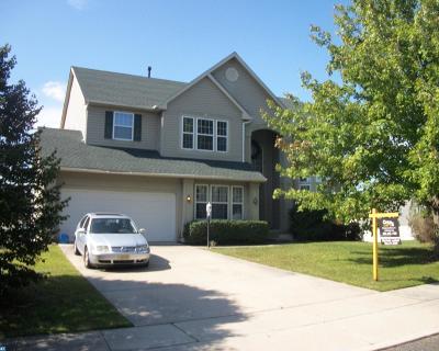 Single Family Home ACTIVE: 37 Raintree Drive