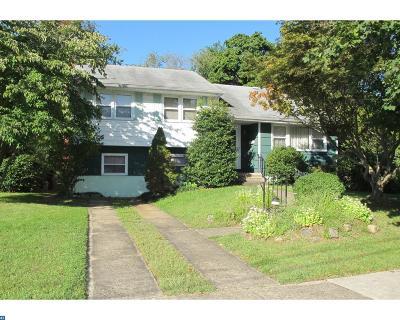 Delanco Single Family Home ACTIVE: 301 Magnolia Lane