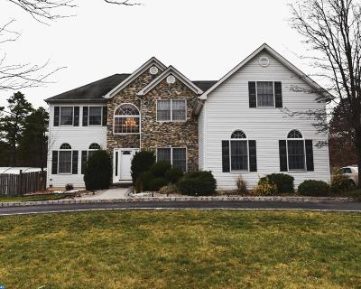 Single Family Home ACTIVE: 9 Redwood Court