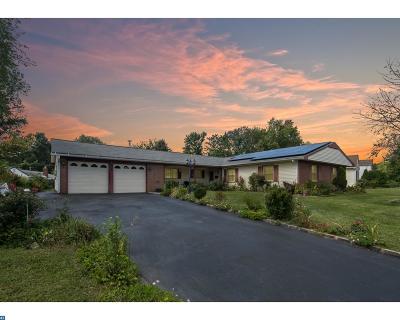 Willingboro Single Family Home ACTIVE: 163 Twin Hill Drive