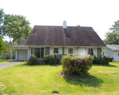 Willingboro Single Family Home ACTIVE: 50 Madestone Lane