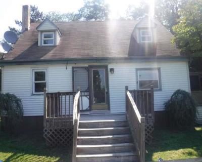 Mount Laurel Single Family Home ACTIVE: 208 Pearl Avenue