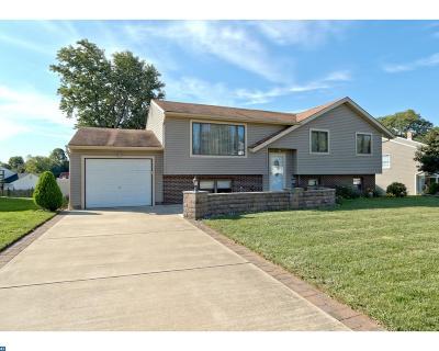 Single Family Home ACTIVE: 79 Willow Cedar Way
