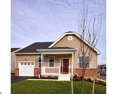 Single Family Home ACTIVE: 2683 Honeysuckle Lane