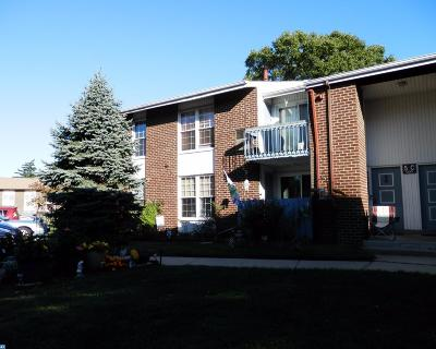 Edgewater Park Condo/Townhouse ACTIVE: 275 Green Street #5C3