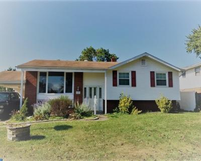 Single Family Home ACTIVE: 105 Linden Tree Lane