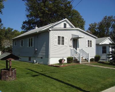 Somerdale Single Family Home ACTIVE: 320 Garden Avenue