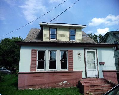 Paulsboro Single Family Home ACTIVE: 645 Delaware Street
