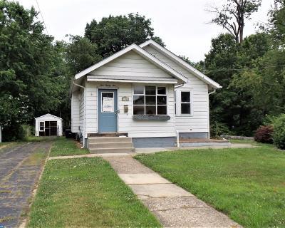 Oaklyn Single Family Home ACTIVE: 135 E Bettlewood Avenue