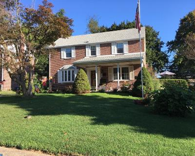 Springfield Single Family Home ACTIVE: 653 Hawarden Road