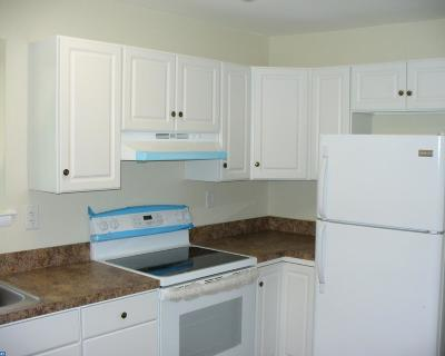 Edgewater Park Condo/Townhouse ACTIVE: 1475 Mount Holly Road #B8