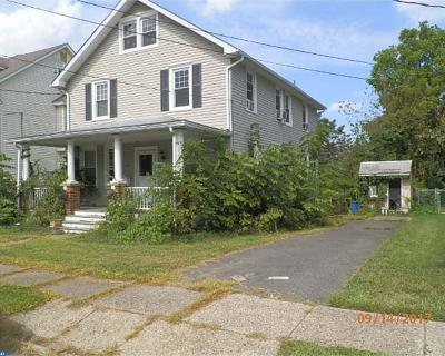 Burlington Single Family Home ACTIVE: 339 Fernwood Avenue