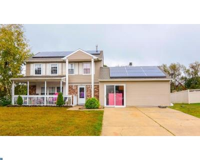 Monroe Twp Single Family Home ACTIVE: 1002 Ivy Court