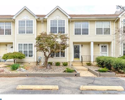 Newark Condo/Townhouse ACTIVE: 606 Benham Court