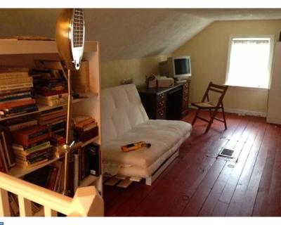 Hightstown Single Family Home ACTIVE: 152 Oak Lane