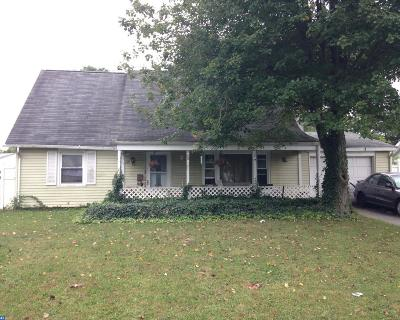 Single Family Home ACTIVE: 32 Helm Turn