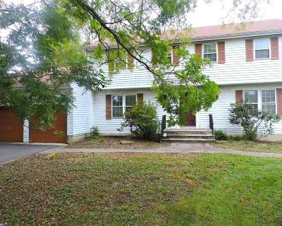 Hightstown Single Family Home ACTIVE: 21 Heathwood Drive