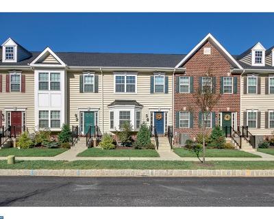 Doylestown PA Condo/Townhouse ACTIVE: $305,000