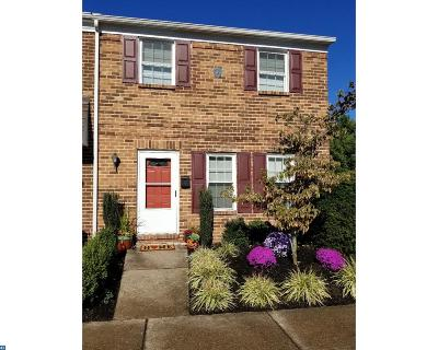 Doylestown PA Condo/Townhouse ACTIVE: $230,000