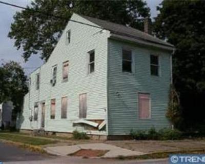 Beverly Multi Family Home ACTIVE: 221 Laurel Street