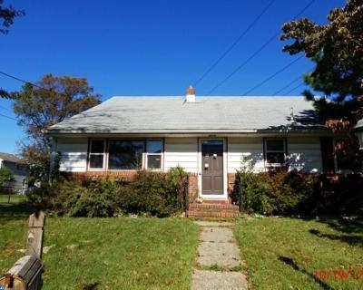Mount Ephraim Single Family Home ACTIVE: 123 Gloucester Avenue