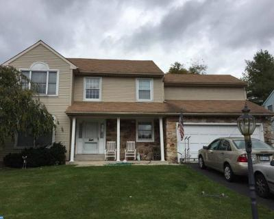 Chalfont Single Family Home ACTIVE: 209 E Fairwood Drive
