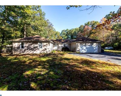 Shamong Single Family Home ACTIVE: 11 Shawnee Trail