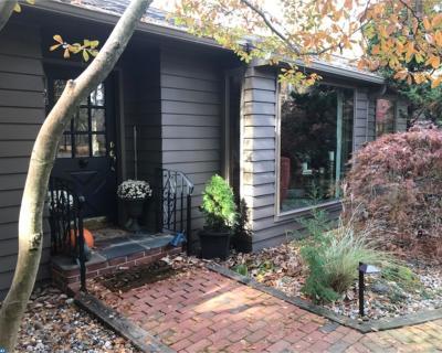 Medford Lakes Single Family Home ACTIVE: 166 Narragansett Trail