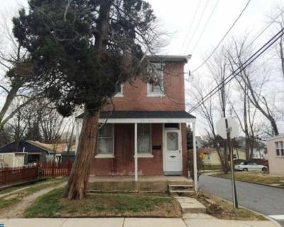 Single Family Home ACTIVE: 101 Walnut Street