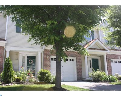 Cinnaminson Condo/Townhouse ACTIVE: 322 Amy Way