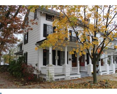 Single Family Home ACTIVE: 220 Broad Street
