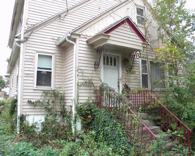 Woodbury Single Family Home ACTIVE: 452 Myrtle Avenue