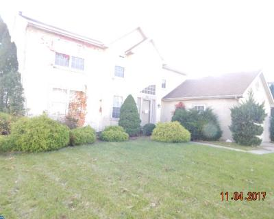 Gloucester Twp, Sicklerville Single Family Home ACTIVE: 53 E Meadowbrook Circle
