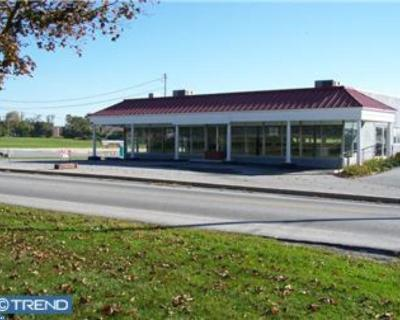 Honey Brook Commercial ACTIVE: 550 Compass Road