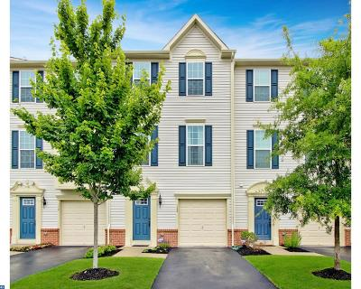 Cinnaminson Condo/Townhouse ACTIVE: 128 Michele Way
