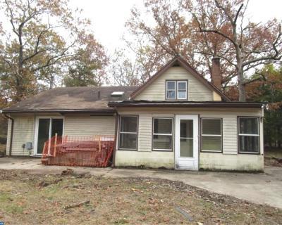 Single Family Home ACTIVE: 153 E Piney Hollow Road