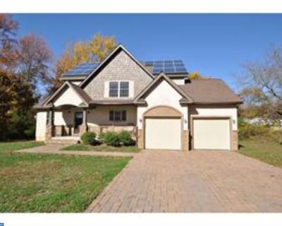 Glassboro Single Family Home ACTIVE: 411 E Stanger Avenue