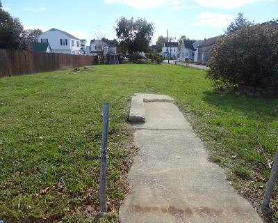 Middletown Residential Lots & Land ACTIVE: 14 E Lake Street